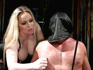 Chubby Mistress Aiden Starr Puts On A Big Belt Cock And Fucks Enslaved