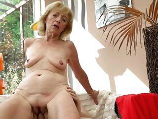 Plan Cul Avec Suzanne, Une Magnifique Cougar