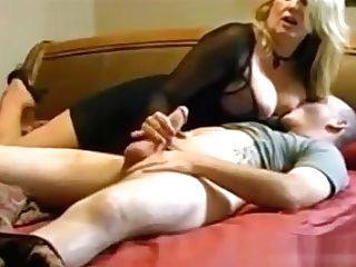 Mommy Bedtime Suck Off And Fuck