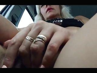Flashing Vagina