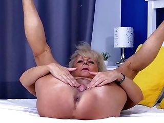 Euro Gilf Koko Lowers Her Jeans And Fondles Her Muff