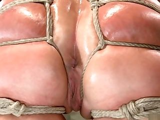 Tied Phat Culo Blonde Railing Fake Penis