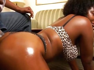 Hot Black Bitch Is Having A Ideal Fuckfest Session With Her Accomplice, Until He Cums