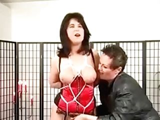 Restrain Bondage Game Where Black-haired Big-boobed Cougar