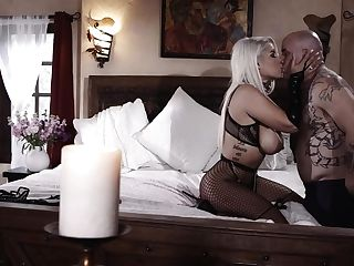Cougar Latina Blonde, Intriguing Home Pornography With The Next Door Stud