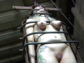 Hard-core Discipline For Matures Hooker Rain Degrey Under The Water