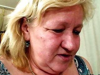 Boy Fucks Mega Cupcakes Wifes Mom On The Floor