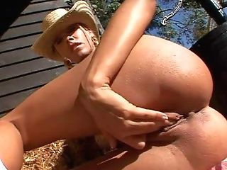 Attractive Revved On Blonde Queen Sandy With Jaw Ripping Off Culo