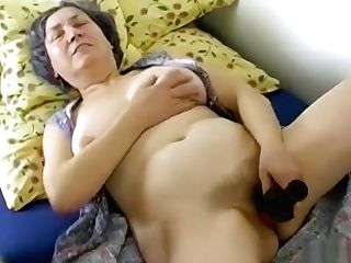 Omahotel Hairy Grandmother And Lusty Duo Threesome