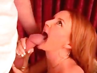 Facial Cumshot For This Nymphomaniac Mom