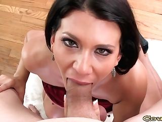 Tempting Big-titted Cougar Leena Sky Deepthroats A Big Boner In Point Of View