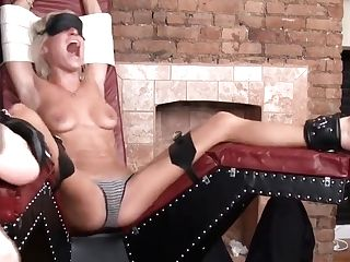Amber_tickle_horny