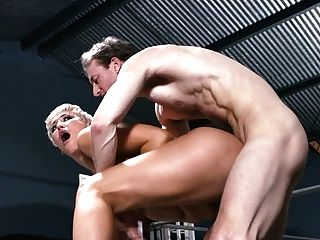 Experienced Light-haired Mummy Ryan Keely Gives A Bj And Gets Her Cooch Plumbed