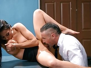Charles Dera Fucked Buxom Mummy Audrey Bitoni In The Office